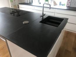 k chen und arbeitsplatten und theken. Black Bedroom Furniture Sets. Home Design Ideas
